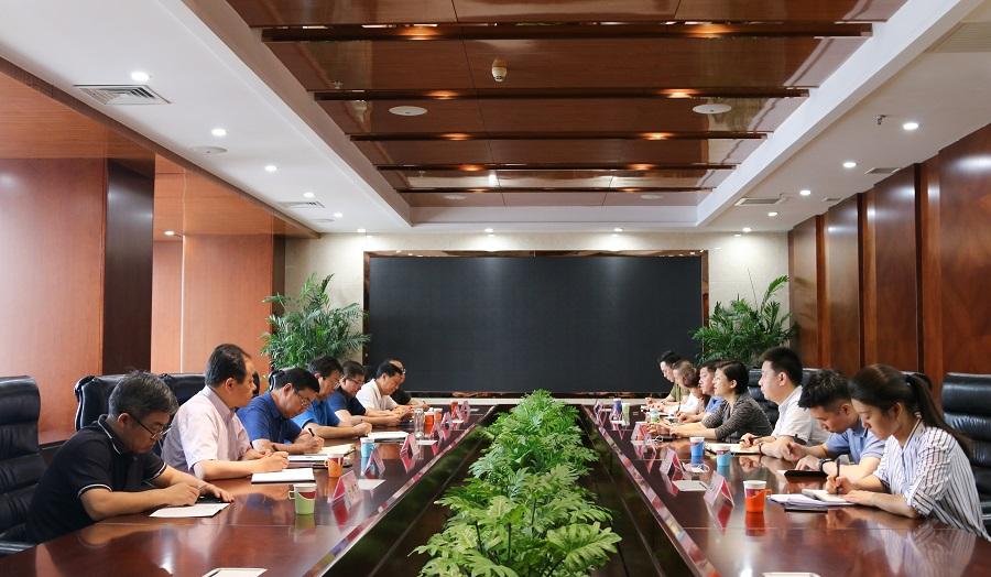 山西金控集团董事长张炯玮会见山西综改示范区管委会副主任艾凌宇一行