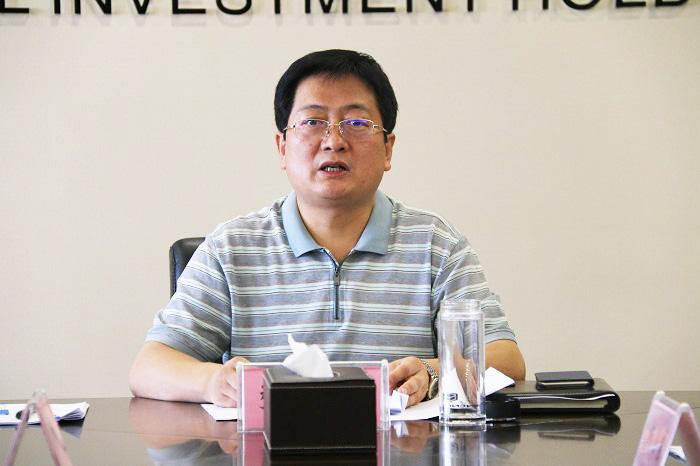 山西金控集团党委中心组(扩大)学习《习近平总书记的成长之路》